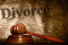 How to protect your right in a divorce?