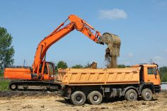 Top 12 Crane Safety Tips For Construction Projects