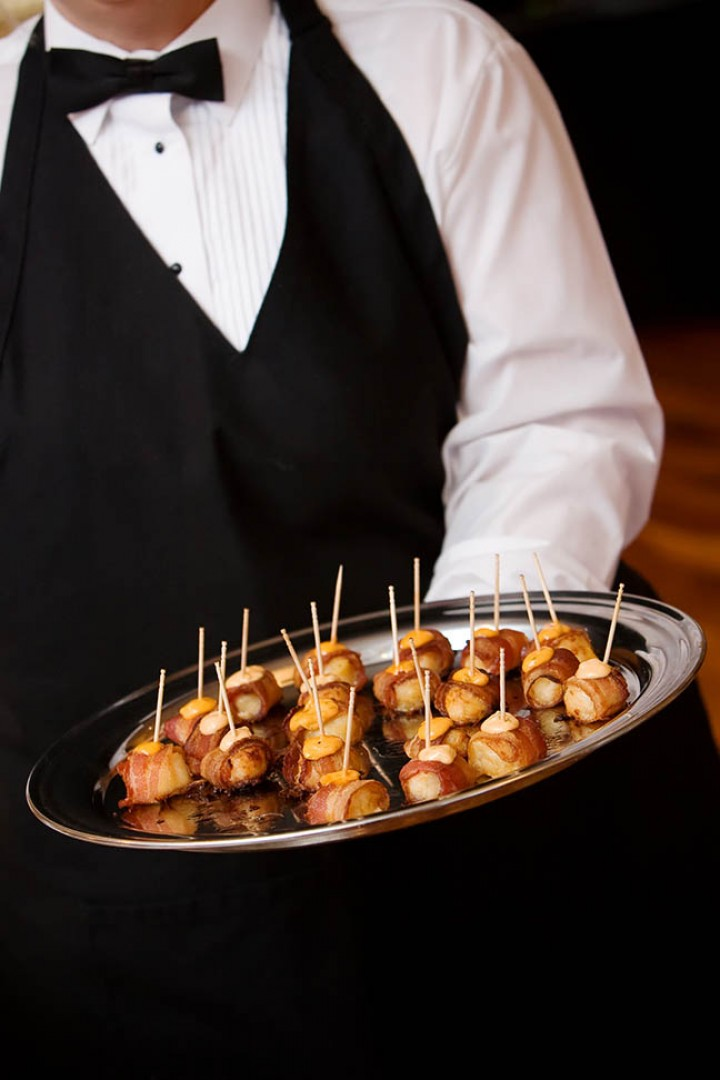 How to Coordinate With a Catering Agency for Different Types of Catering